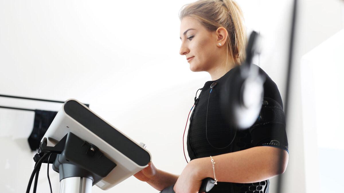 Jak schudnąć z brzucha? Poznaj 6 nawyków, które ci to ułatwią